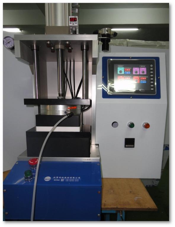 UV/熱固化奈米壓印機